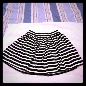 Adorable Kate Spade girls skirt, Size 10